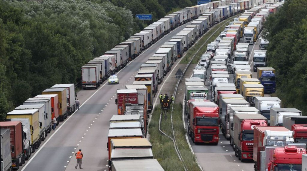 Lorries parked on M20 due no deal Brexit
